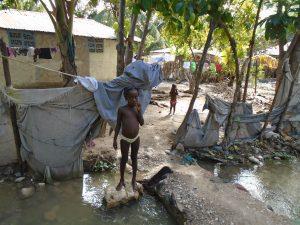 Einzige Wasserversorgung: Die Menschen wissen, dass der Fluss Artibonite verseucht ist