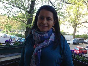 Marylén Serna beteiligte sich in der 1990er Jahren im Streit der Bauernbewegung Cajibío gegen das multinationale Unternehmen Smurfit Kappa Cartón im Südwesten des Landes. Heute ist sie die Anführerin der Bewegung, Mitglied des Vorstandes des nationalen Agrargipfeltreffens (AGC) und Sprecherin der Congreso de los Pueblos, einer Vereinigung sozialer Bewegungen mit circa 20.000 Mitgliedern aus 1.000 Organisationen (Foto: Daniela Rivas)