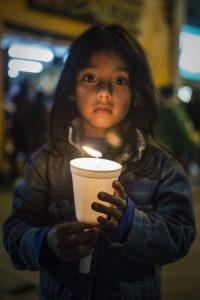 Marsch für den Frieden: Am 5. Oktober gingen tausende Menschen in Bogotá auf die Straße (Foto: William Aparicio)